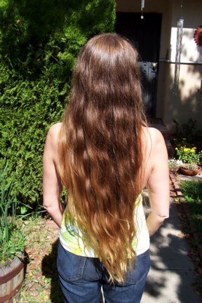 how to get black hair to turn brown henna